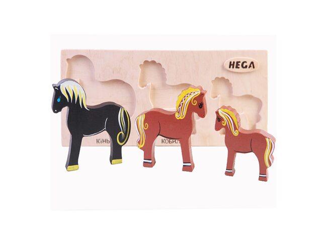 Объемные вкладыши «Семья лошадок»