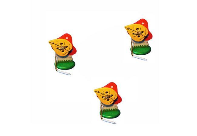 Шнуровка «Мухомор с листиком» на подставке.